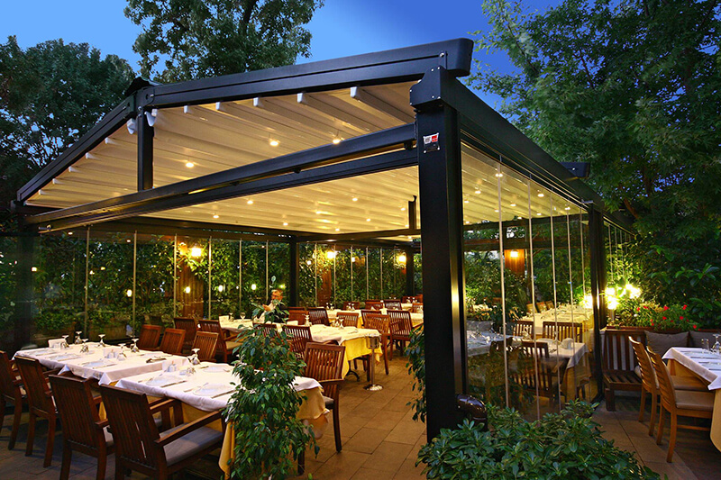 Pergola retractable roofing systems