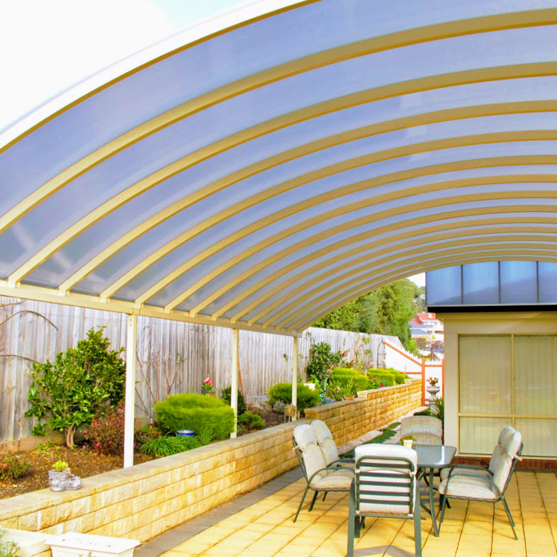 Multiwall polycarbonate is available in a variety of colours and tints